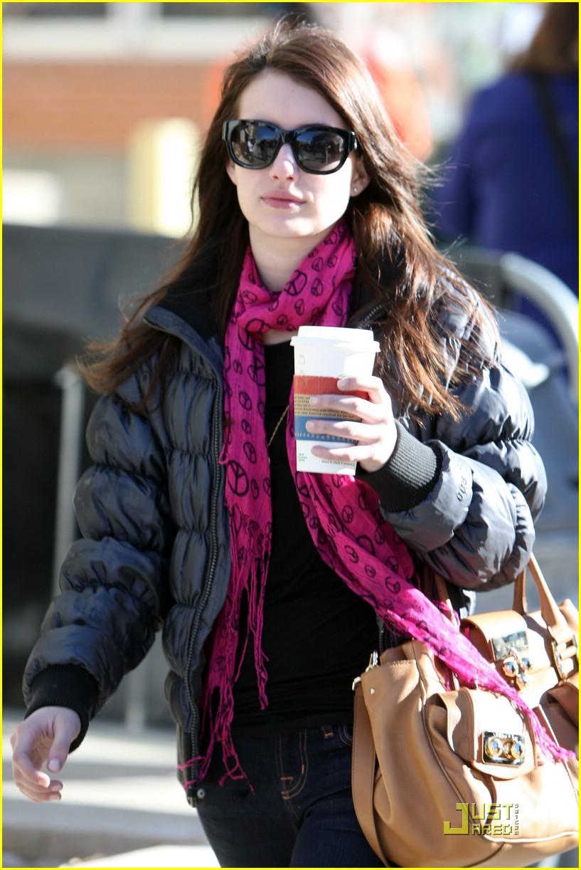 emma roberts pink scarf sundance 01