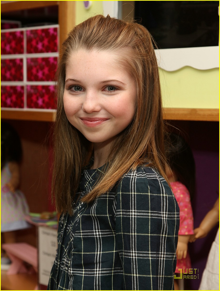 11 Year Girl Bedroom Decoration Ideas: Sammi Hanratty Is An American Girl