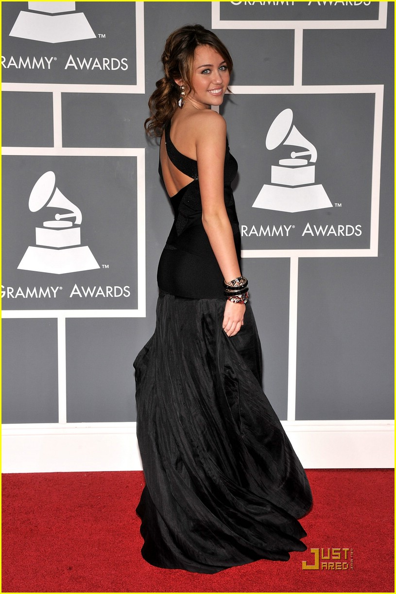 miley cyrus grammy awards 11