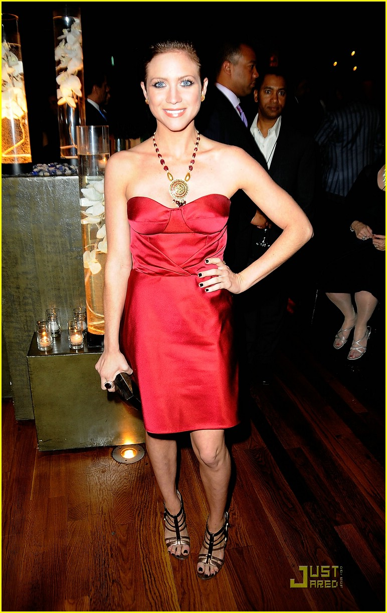 brittany snow oscar party 04