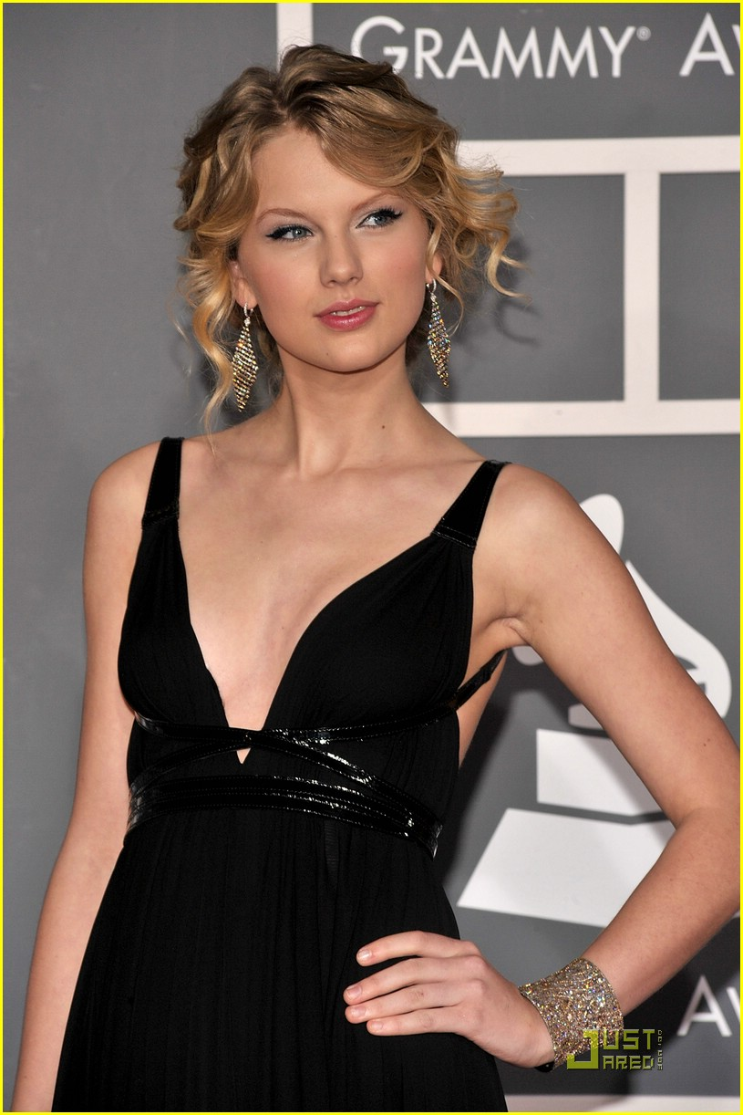 Taylor Swift - Grammy Awards 2009 | Photo 67911 - Photo Gallery ...