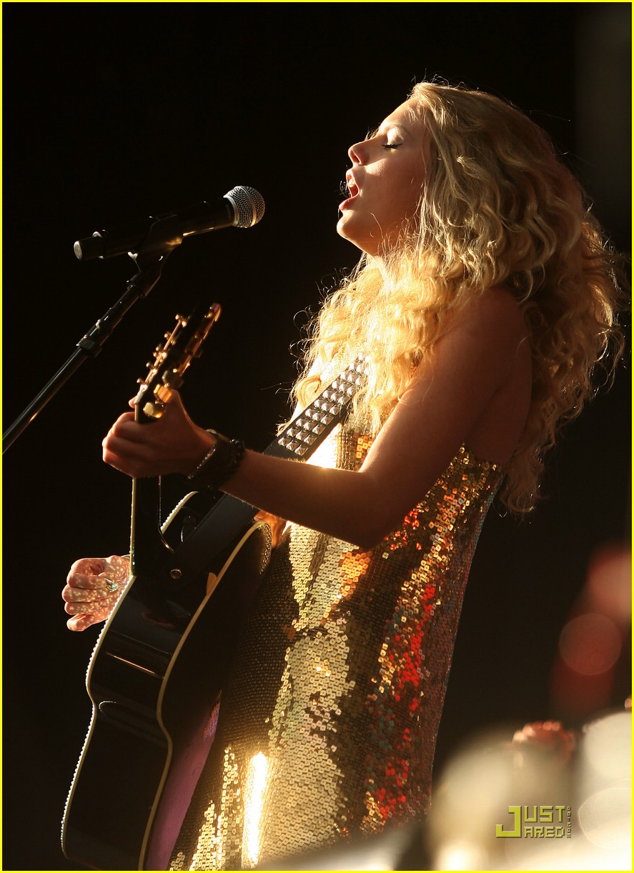 taylor swift sound relief 07