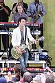 jonas brothers central park party 28