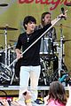 jonas brothers central park party 41