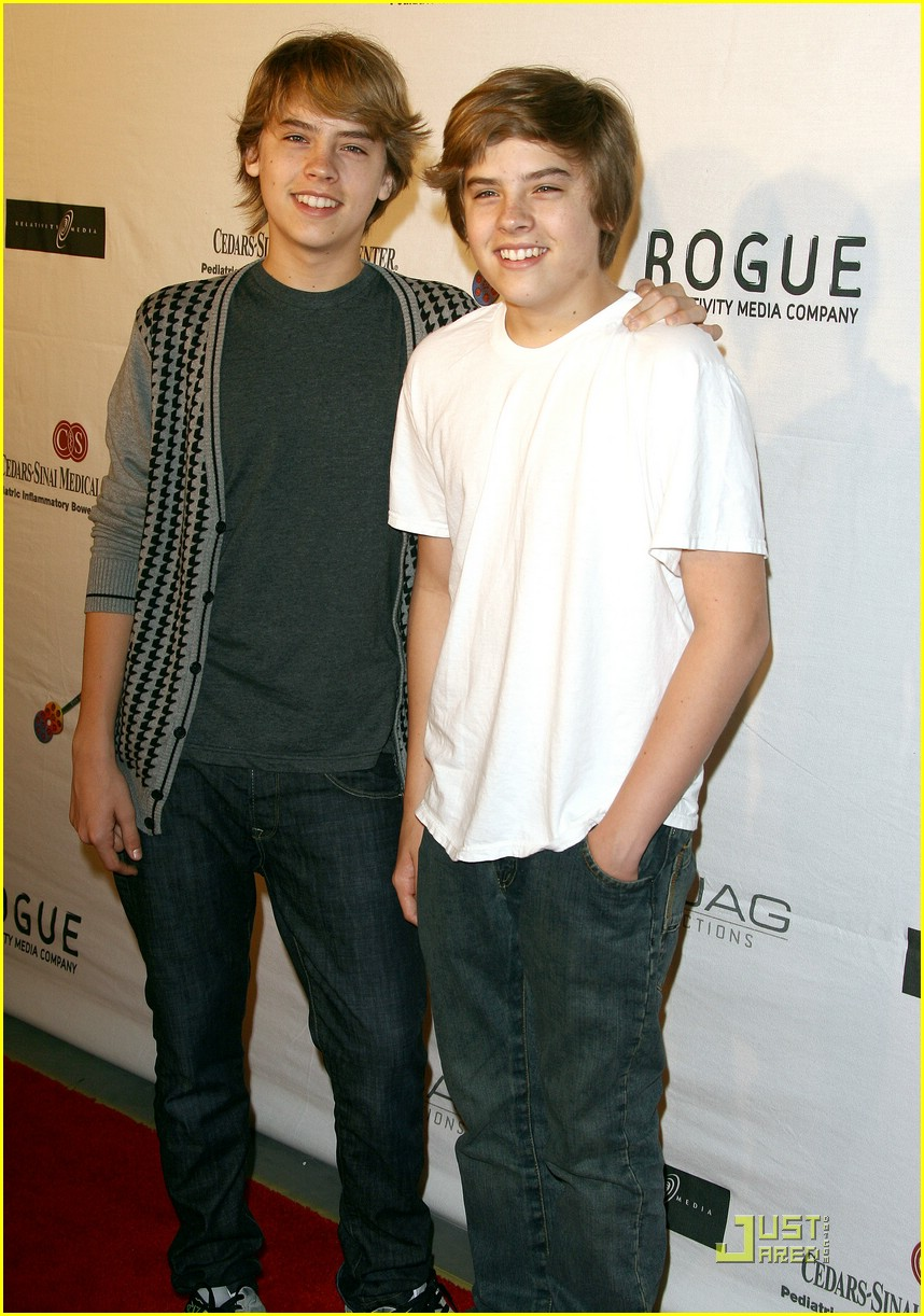 Dylan & Cole Sprouse: Rock-n-Reel 2009 | Photo 193041 ...