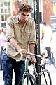 robert pattinson biking boy 14