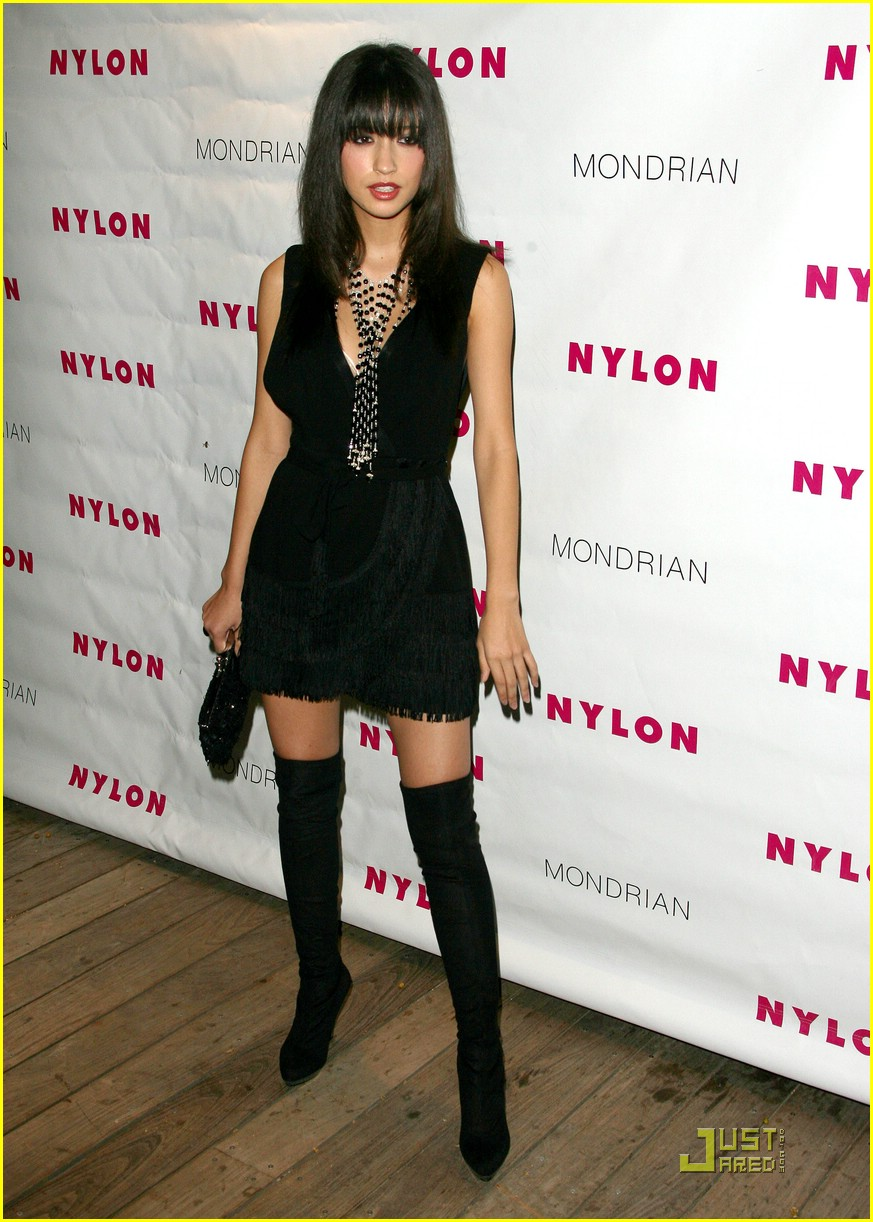 austin butler christian serratos nylon 04
