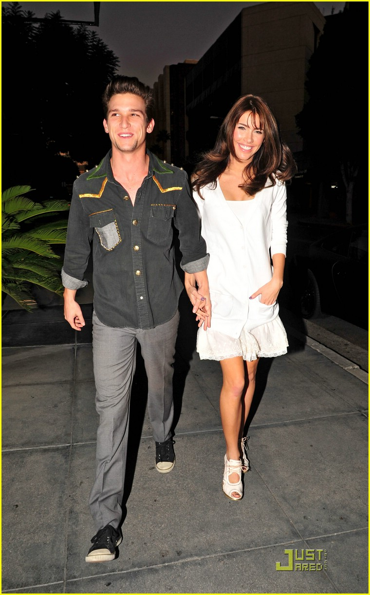 Daren Kagasoff Jacqueline Macinnes Wood Chaya Chums Photo 266591 Daren Kagasoff Jacqueline Macinnes Wood Pictures Just Jared Jr He has an older brother, justin, and a younger. https www justjaredjr com photo gallery 266591 daren kagasoff jacqueline wood chaya 05
