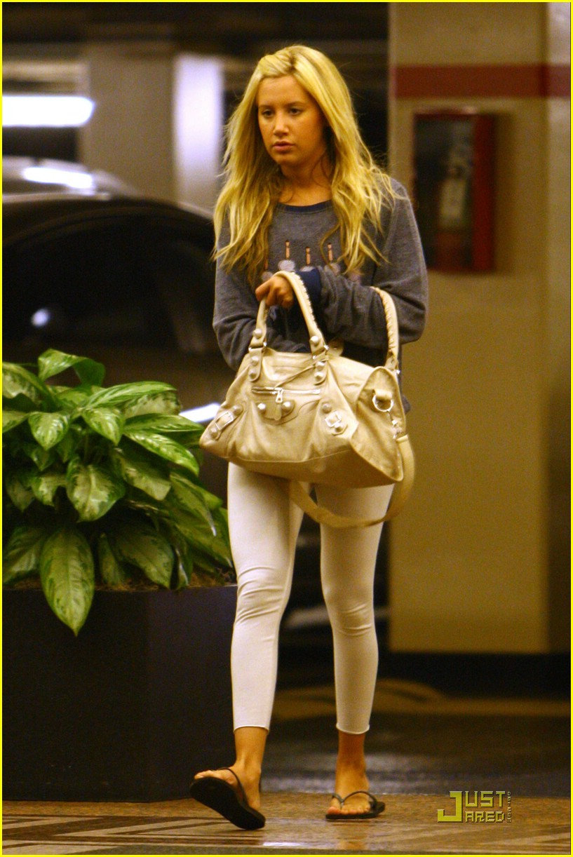 ashley tisdale sleepless beauty 02