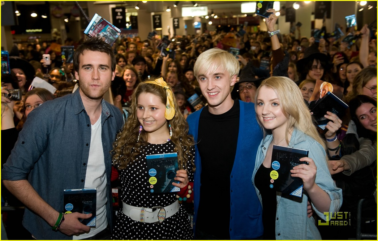 Evanna lynch dating tom felton