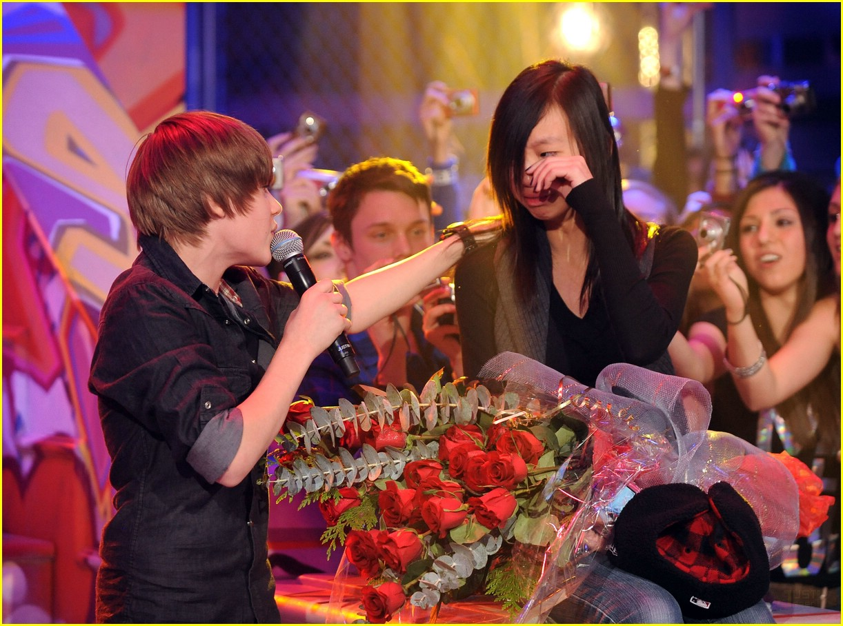 Justin Bieber: Much Music Merry Christmas! | Photo 353193 - Photo ...