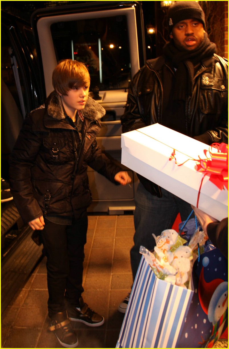Justin Bieber: Much Music Merry Christmas! | Photo 353196 - Photo ...