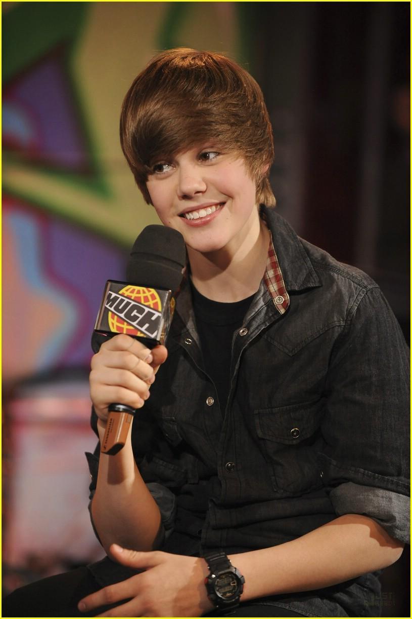 Justin Bieber: Much Music Merry Christmas! | Photo 353198 - Photo ...