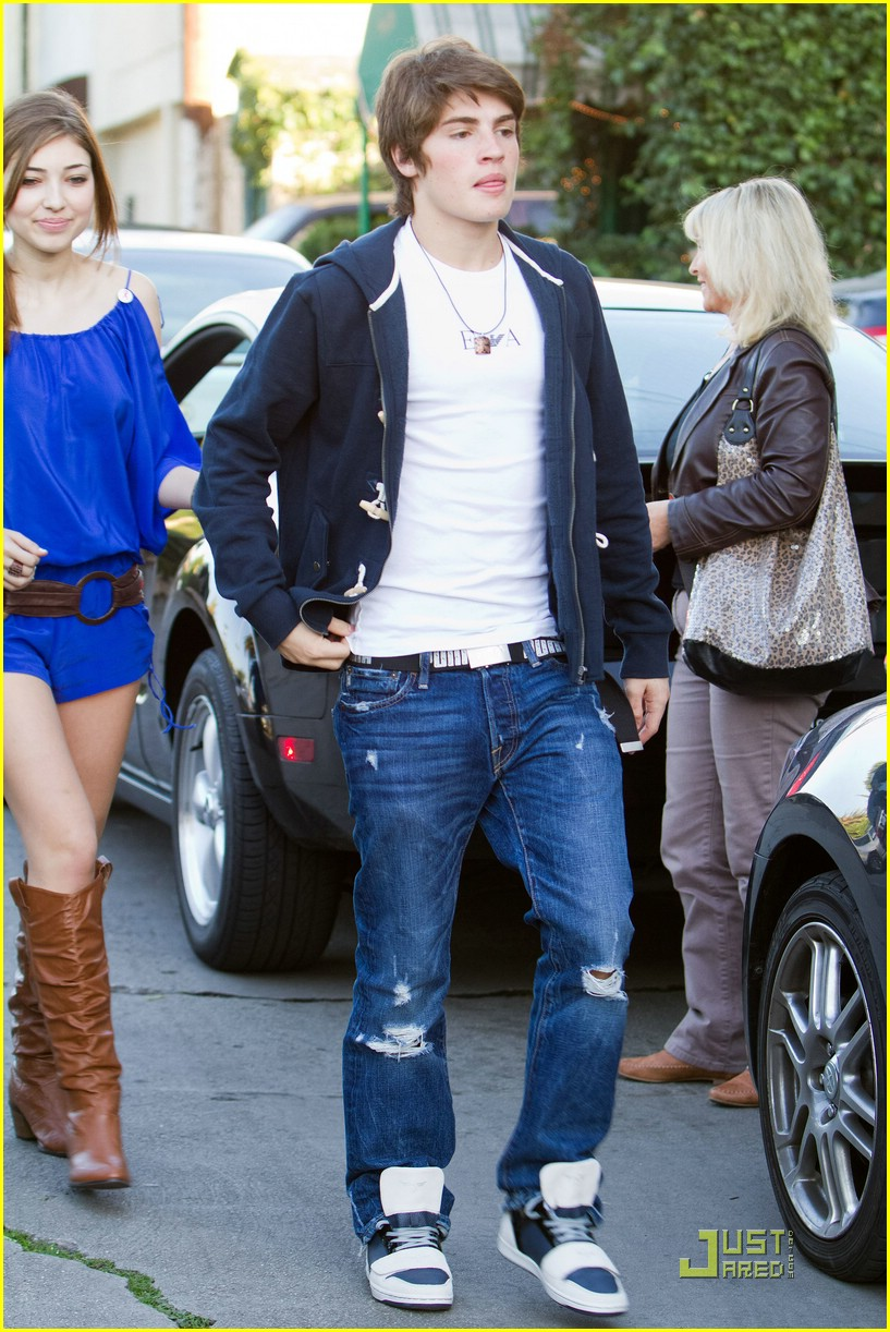 gregg sulkin shelby young gifts 12