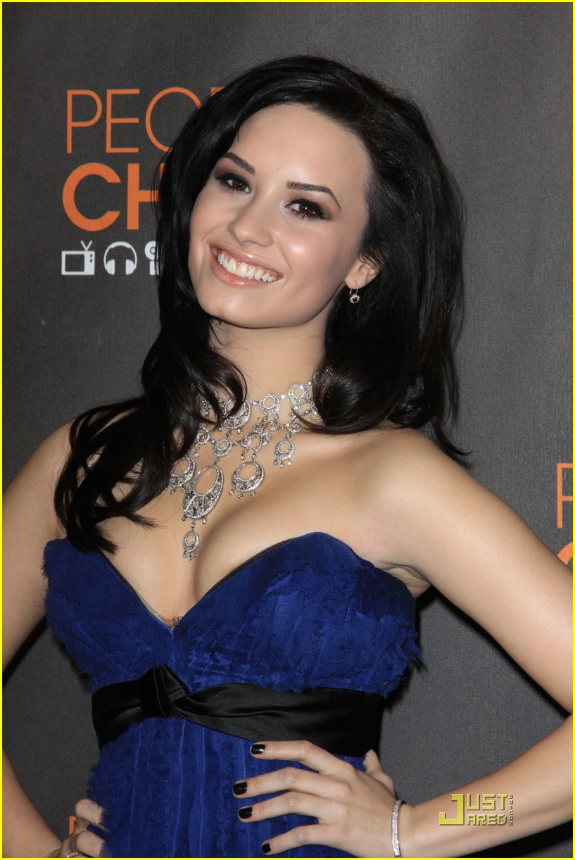 Demi Lovato Is People Choice Pretty Photo 354158 Photo