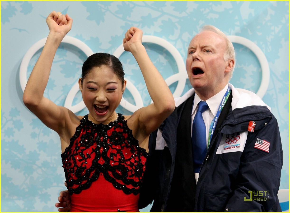kim yu na wins gold 02