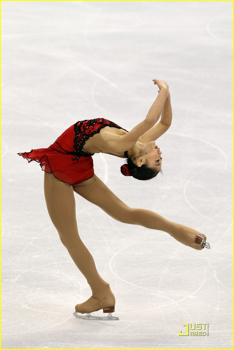 kim yu na wins gold 19