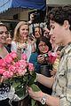 nick jonas roses fans 29