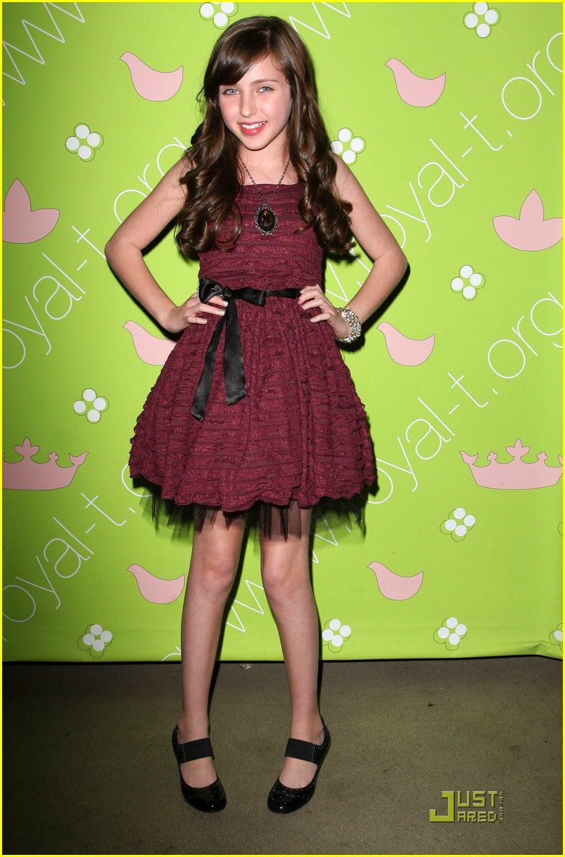 ryan newman: happy birthday, kaili thorne! | photo 359371 - photo