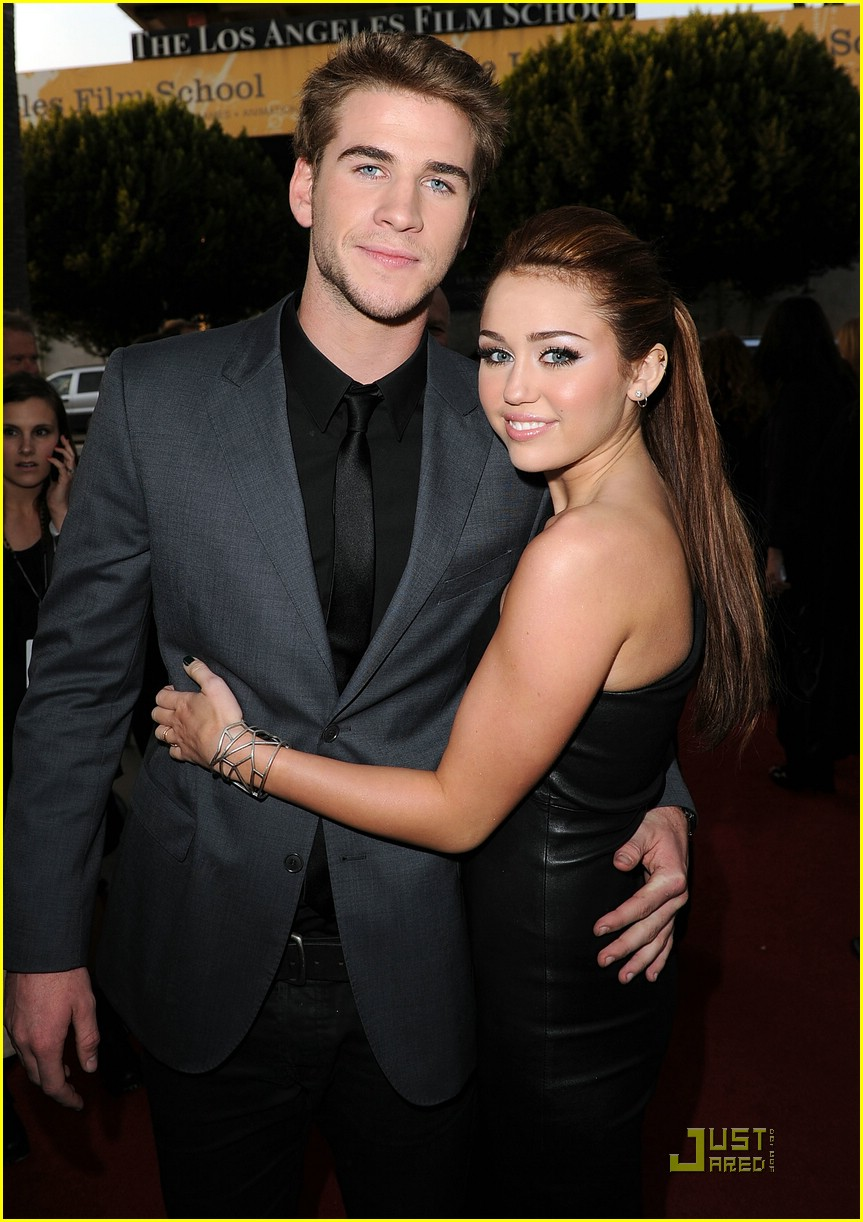 Were miley and liam dating during the last song