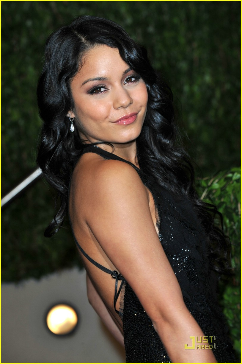 vanessa hudgens vf party 06