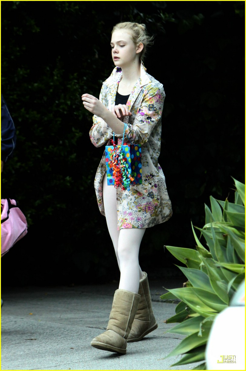 elle fanning birthday 05
