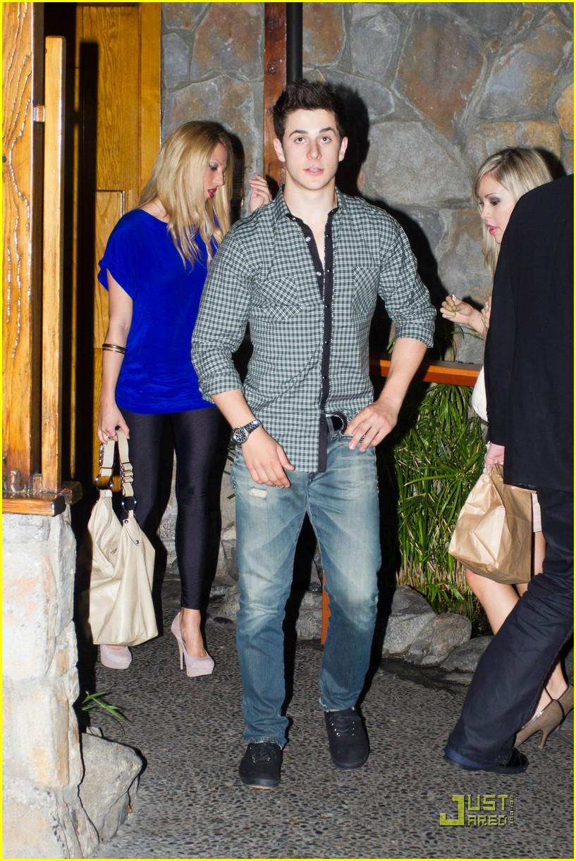 David henrie and elle mclemore dating