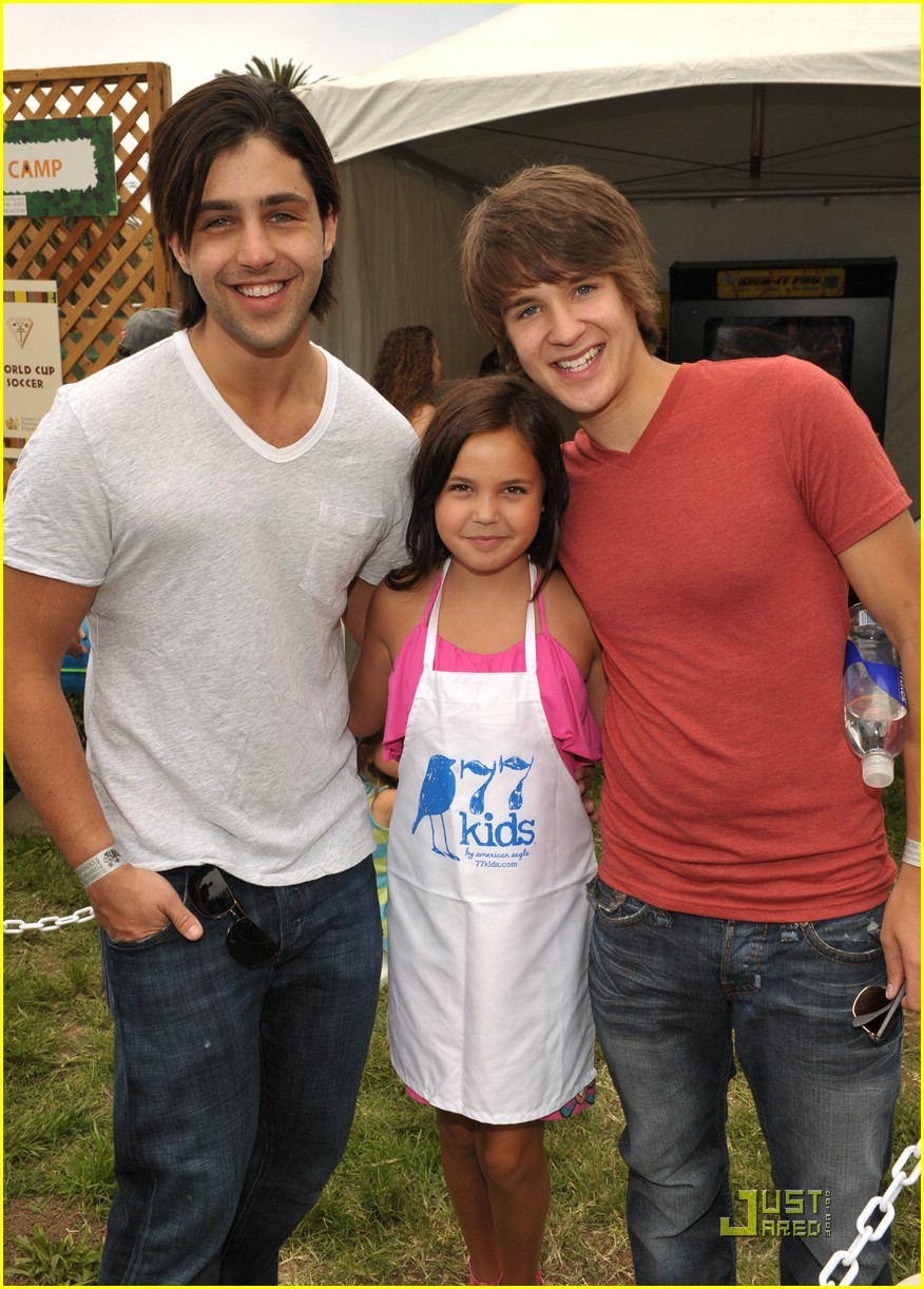 Devon Werkheiser Josh Peck A Time For Heroes Picnic Photo 373618 Devon Werkheiser Josh Peck Pictures Just Jared Jr