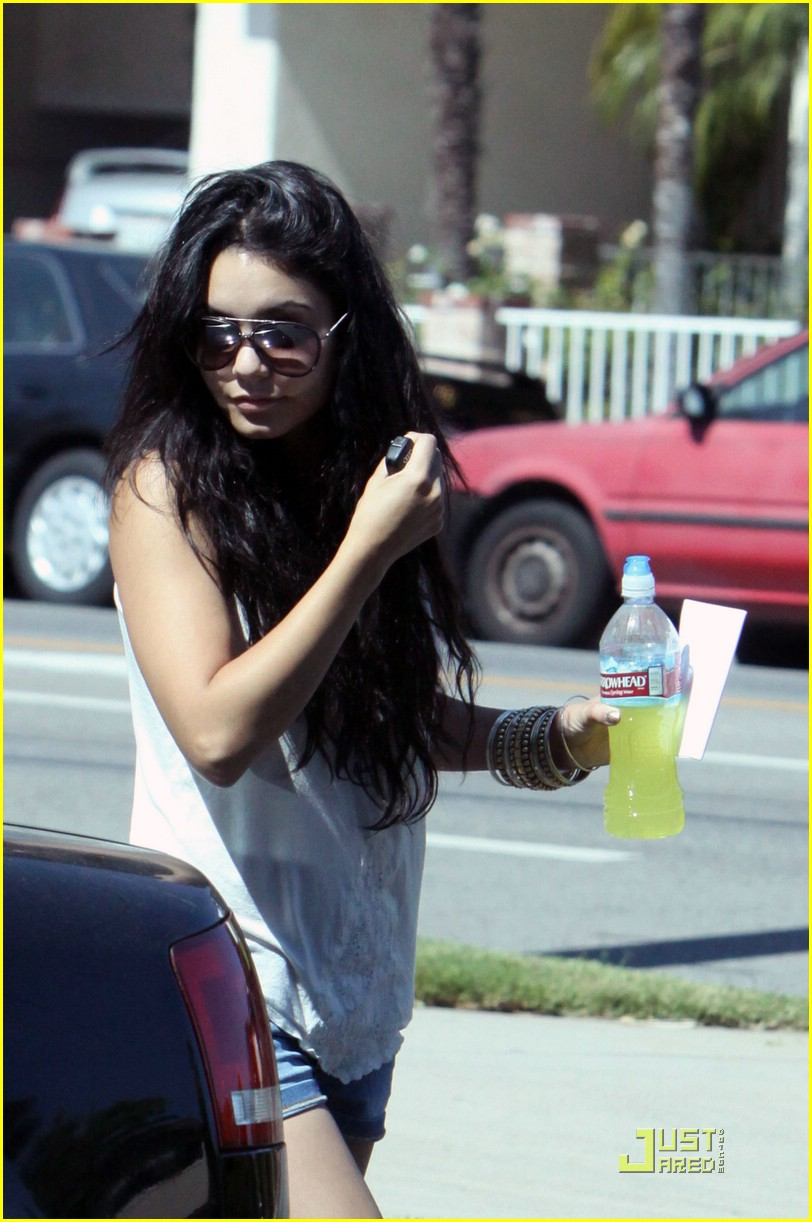 vanessa hudgens perfect mimi 04