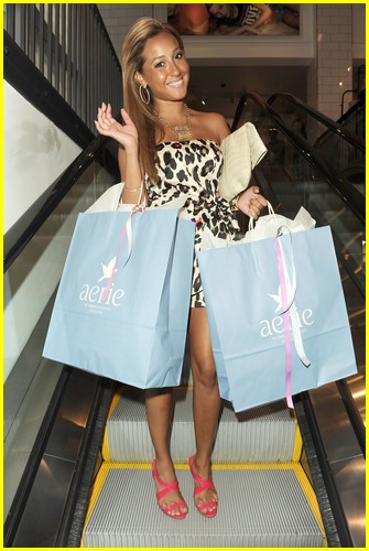 Adrienne Bailon Aerie Addicted 05