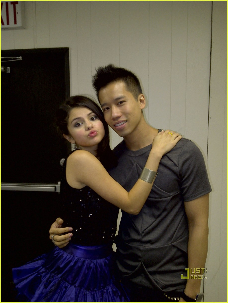 Selena Gomez Live Chat Is Tomorrow Photo 386241 Photo Gallery