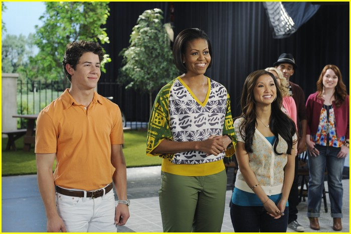 brenda song nick jonas obama healthy living 09