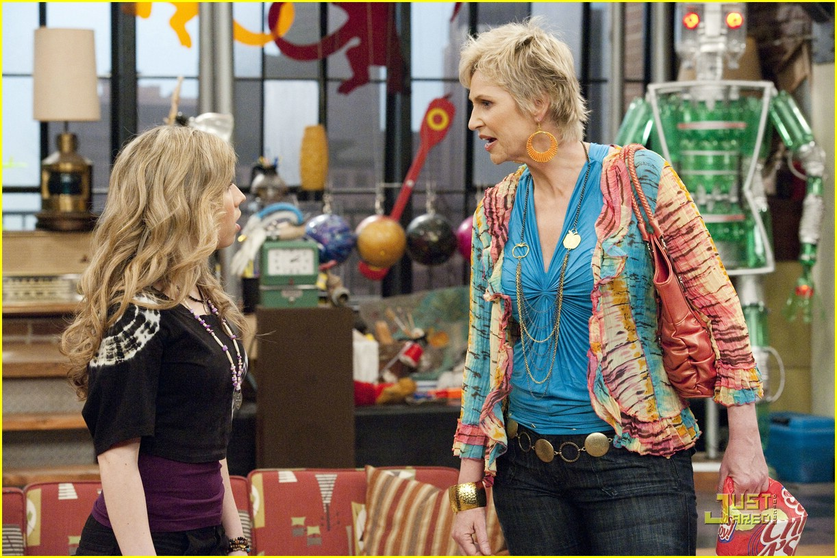 jennette mccurdy jane lynch icarly 03