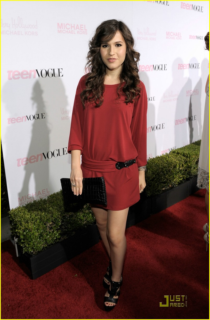 Young Erin Sanders nude (19 photo), Pussy, Leaked, Feet, butt 2019