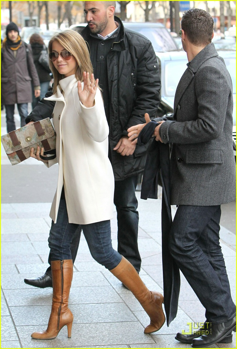 julianne hough paris shopping 09
