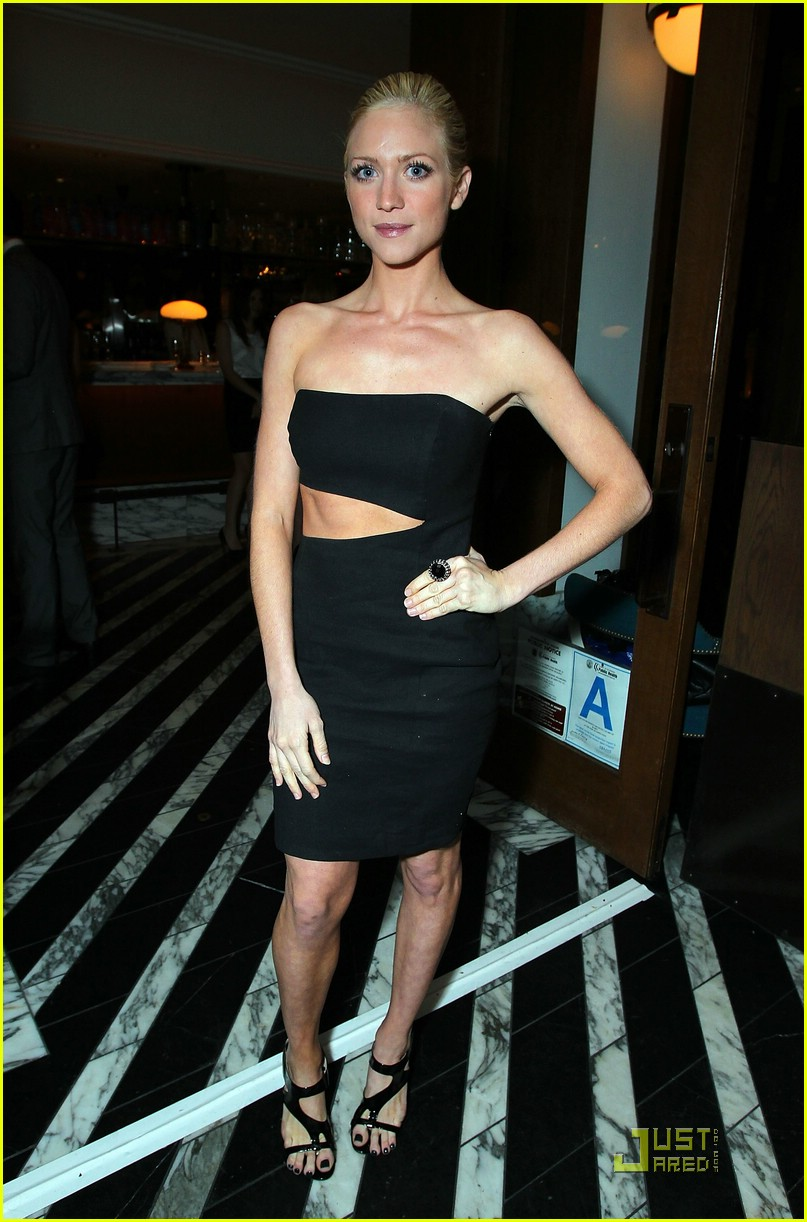 brittany snow golden globe party 01