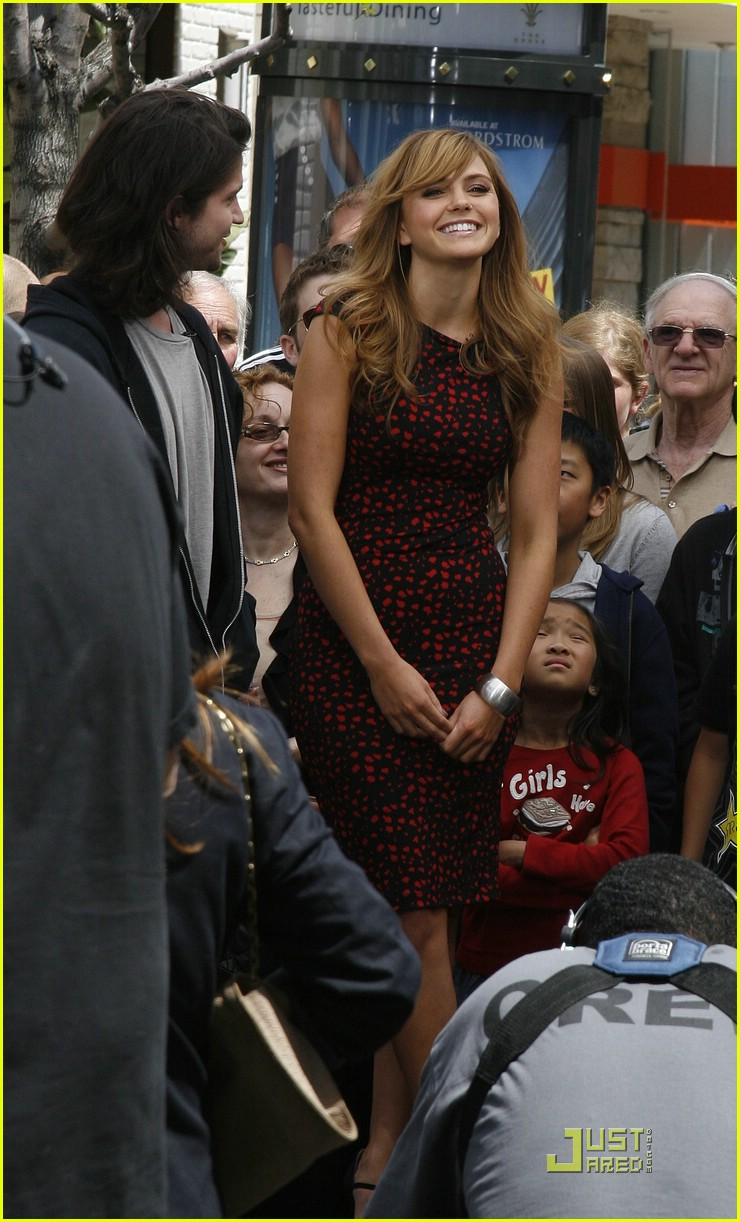 aimee teegarden thomas mcdonell glendale extra 09