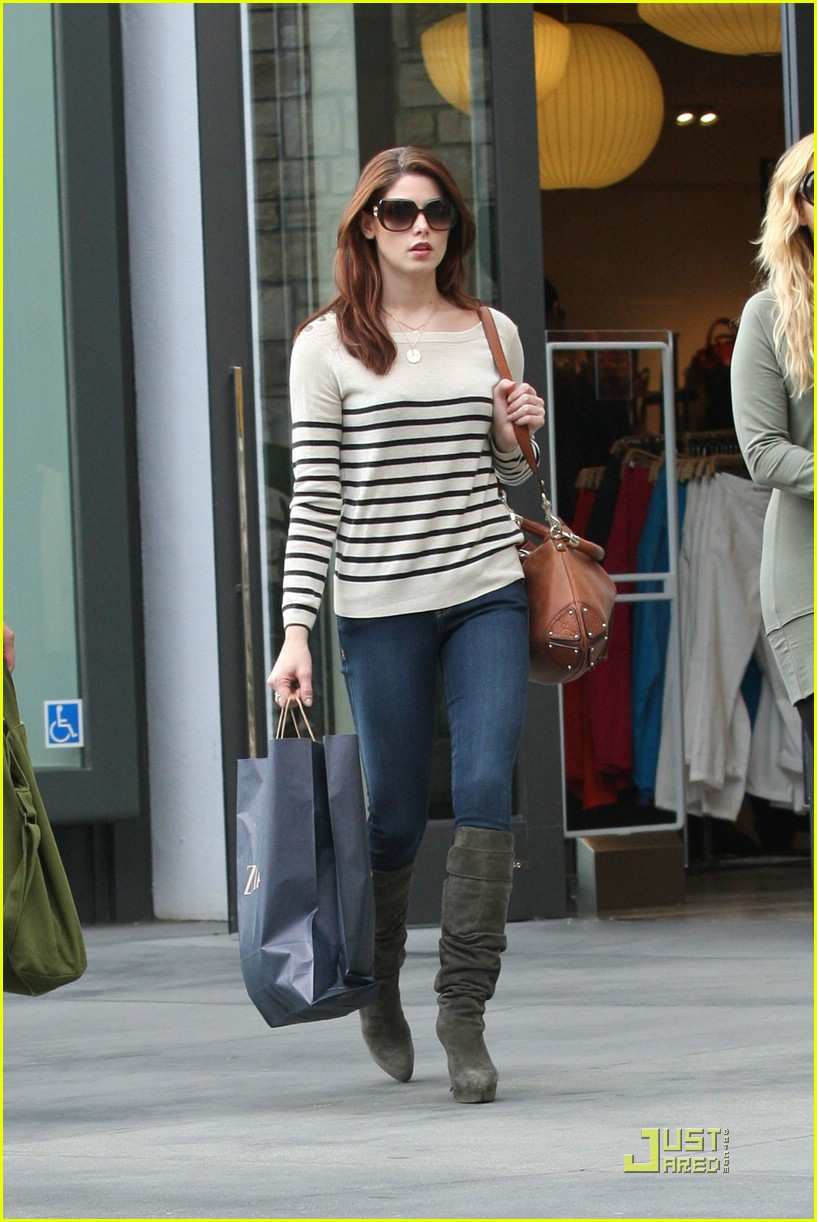 ashley greene la shop 08