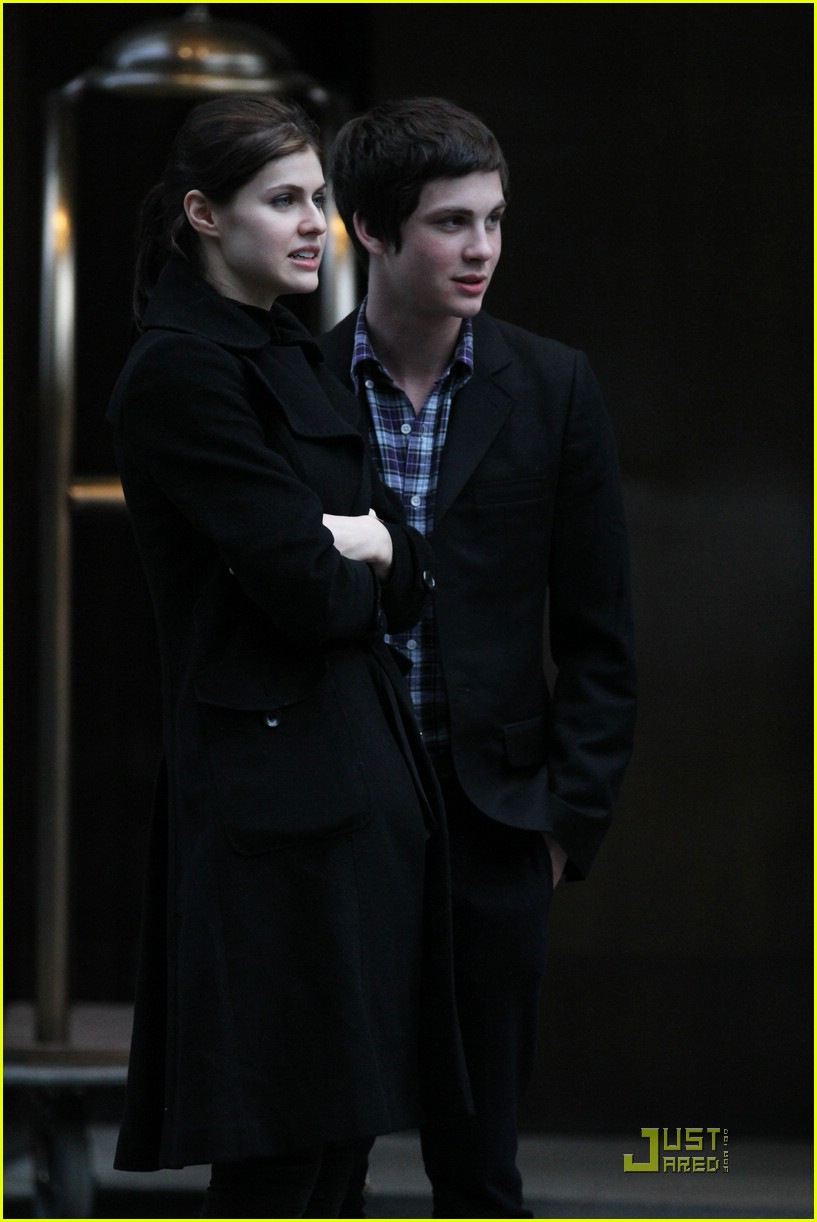 logan lerman alexandra nyc 07