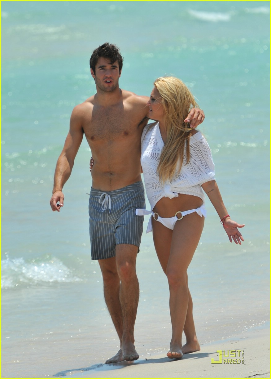 Josh Bowman Make It Or Break It