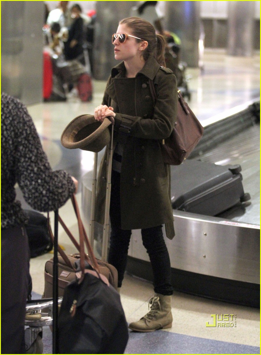 Anna kendrick lax with michael cera photo 415263 photo gallery anna kendrick michael cera lax 01 voltagebd Images