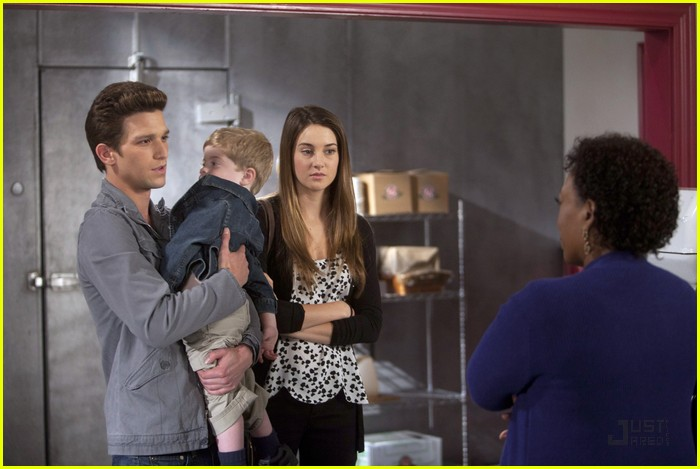 Daren Kagasoff Hospital Visit With Baby John Photo 422358 Daren Kagasoff Francia Raisa India Eisley Ken Baumann Megan Park Shailene Woodley The Secret Life Of The American Teenager Pictures Just Jared Jr Where to watch the secret life of the american teenager. 2