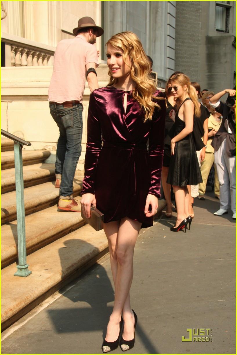 emma roberts ferragamo fashion 06