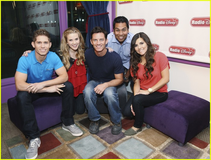 radio disney gets hgtvd 02