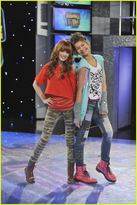 Zendaya Says Goodbye To Shake It Up Photo 422094