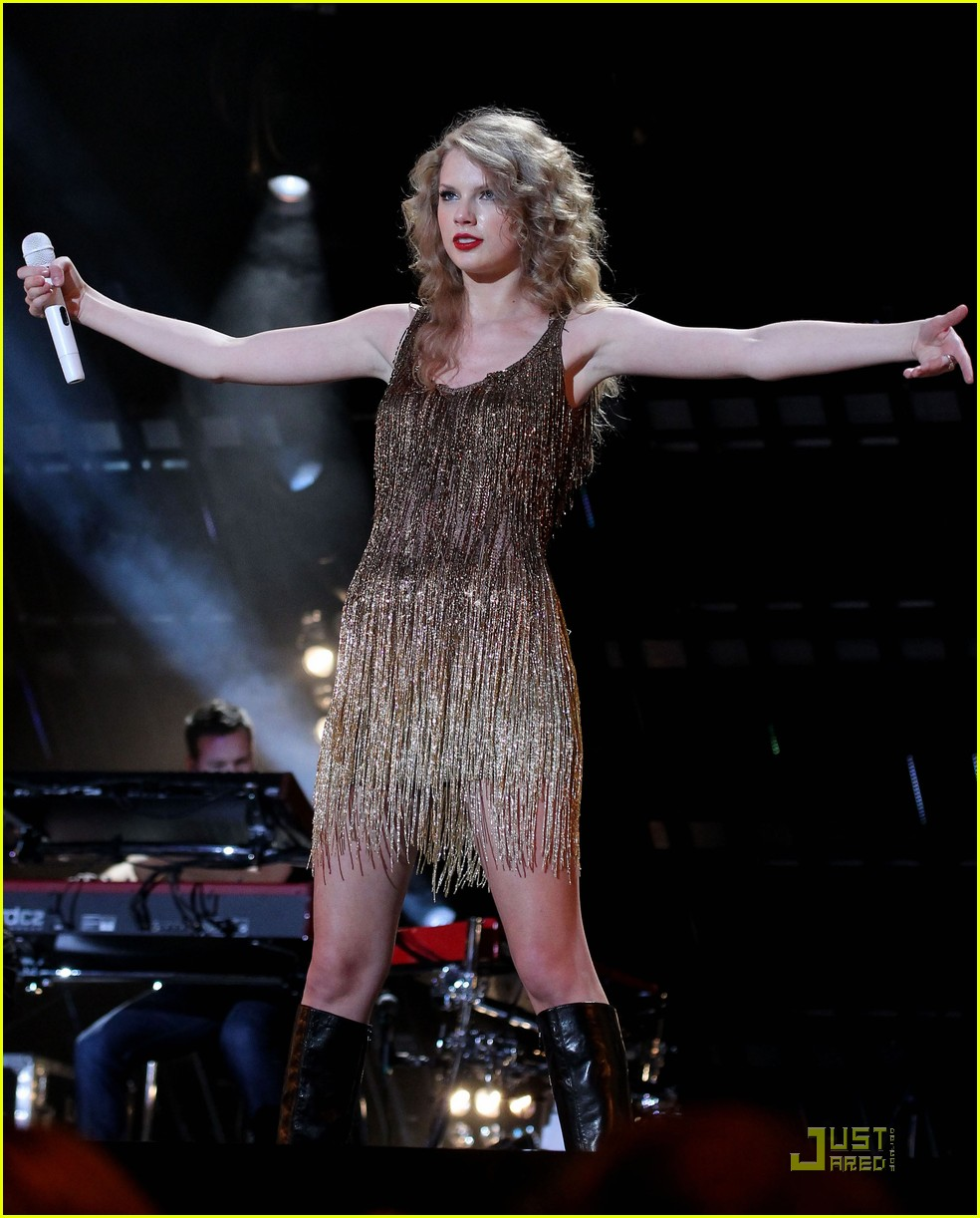 taylor swift cmt music fest 20