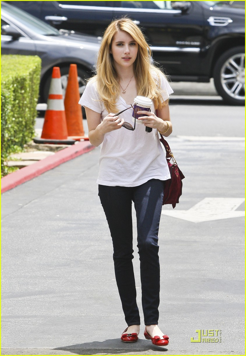 Emma Roberts There S No Place Like Home Photo 426245 Emma Roberts Pictures Just Jared Jr