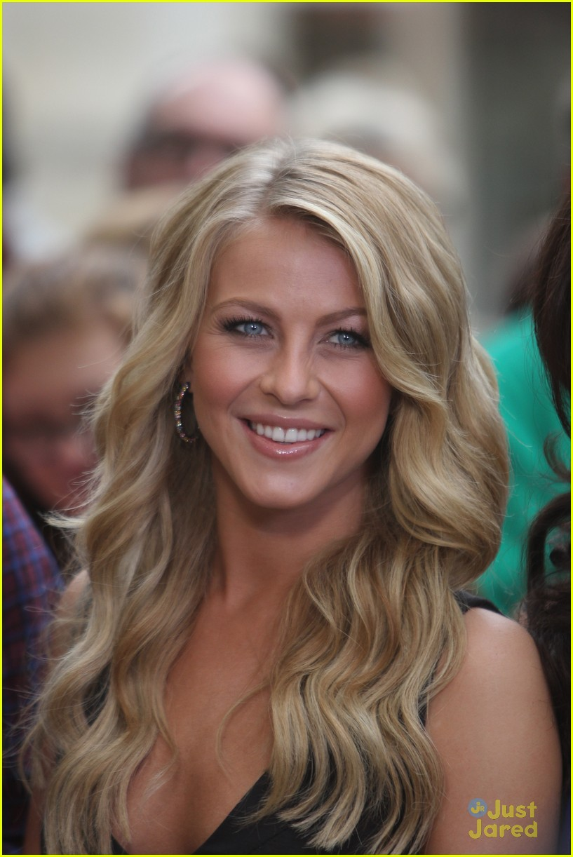 julianne hough grove girl 06