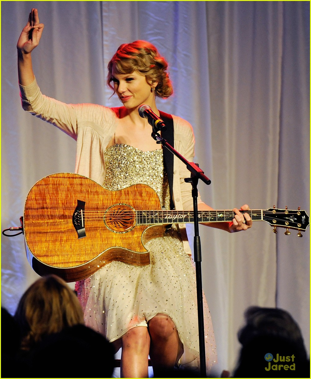 taylor swift songwriter hall fame 05