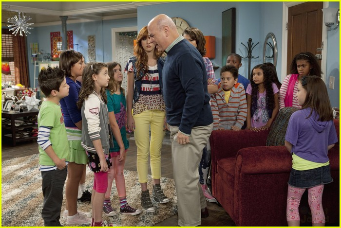 AKSquared Guest Star on Shake It Up! | Photo 449676